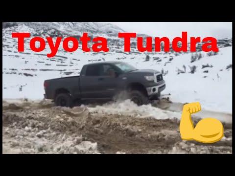 Toyota Tundra - Mud & Snow Crawling