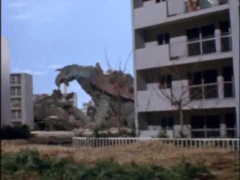 Ultraman Taro & Ultraseven Saves The Turtle Family