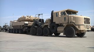M1070A1 Heavy Equipment Transporter