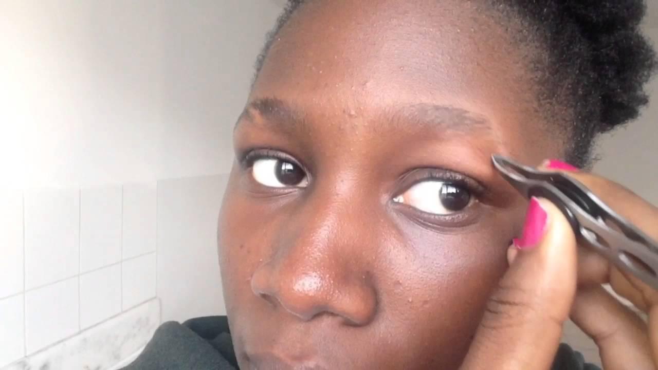 How to: shape eyebrows with tweezers - YouTube