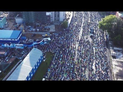 Мусульмане отмечают Ураза Байрам в Москве - 2016