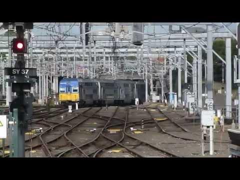 "NSW TrainLink: ""V"""