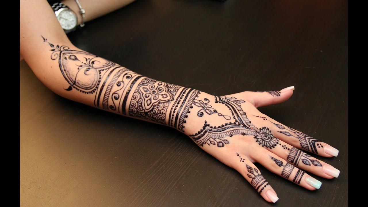 Resultado de imagem para mehndi tattoo no braço