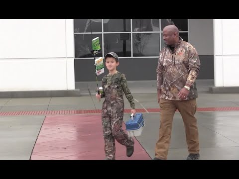 SC Sheriff Takes Pennsylvania Boy Shopping For Hunting Gear