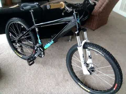 49504f697ce 2009 Kona Shred DIRT JUMP DH trail bike with new maxxis high roller tires -  YouTube