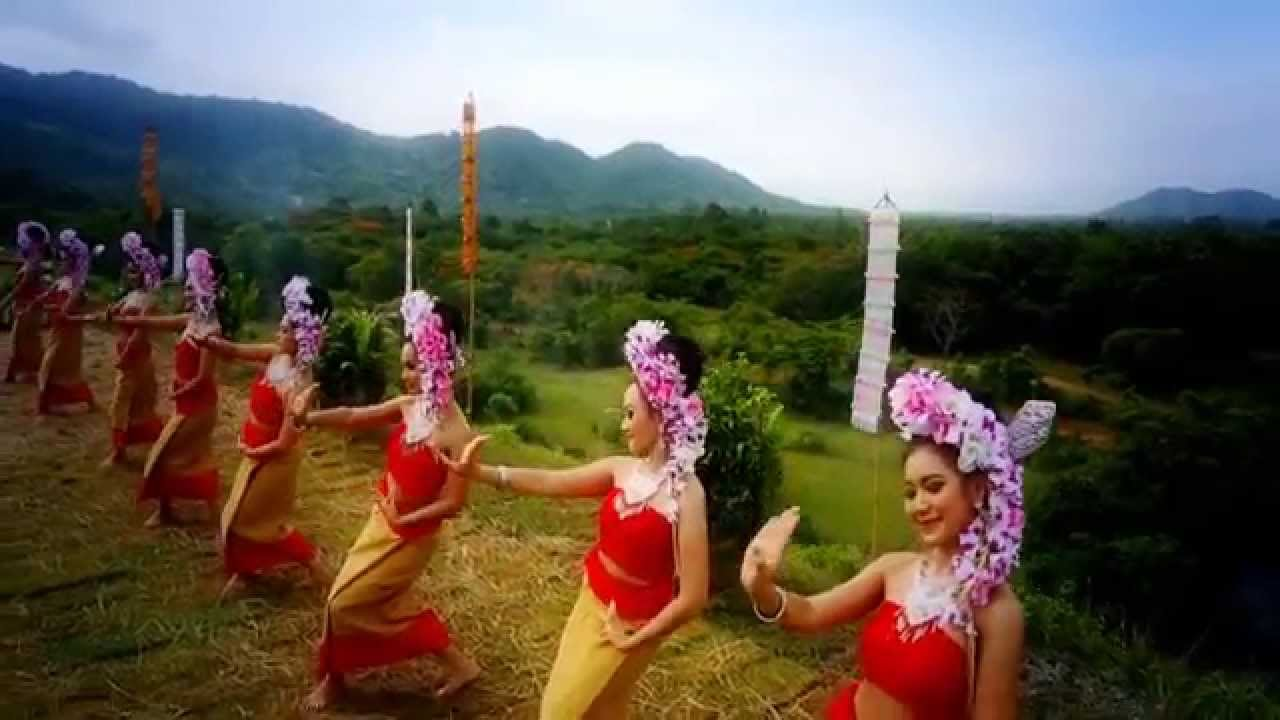 Thai village wedding