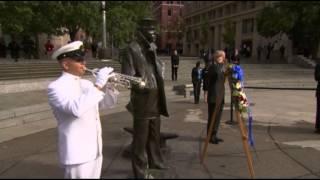 Raw: Hagel Lays Wreath at U.S. Navy Memorial
