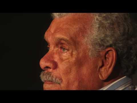 Derek Walcott: Omeros Ch1-4 and other poems [Caedmon Audio]