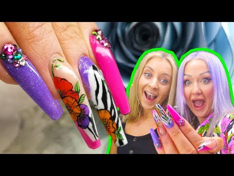 SCULPTED ACRYLIC ZEBRA PRINT & HAND PAINTED FLOWERS - FULL LOOK NAIL TUTORIAL