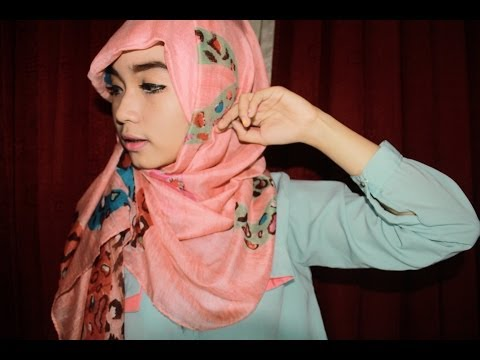 Hijab Tutorial ll One Side Style by Riva Rovifa