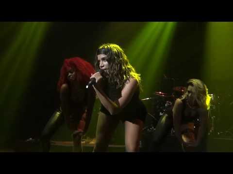 Anitta & Becky G - Banana (Live in London, Kisses European Tour)