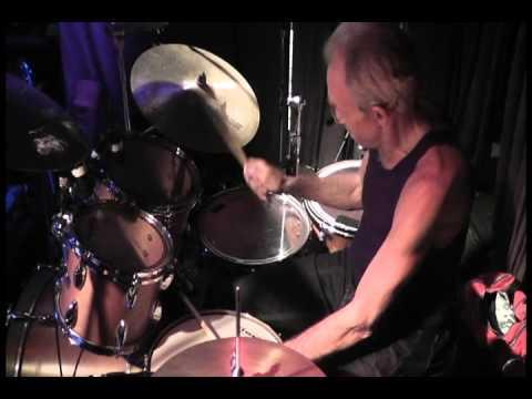 Iron Butterfly (In a Gada da Vida) Drum Solo, Ron Bushy.avi