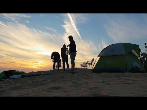 Away from the city - United Arab Emirates / Desert Camping