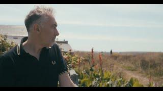 Yann Tiersen - The Long Road (Portrait Version)