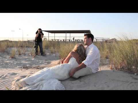 Behind the scenes - After wedding portraits/Trash the dress session with Blue Daisy Weddings