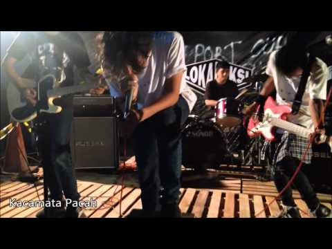 Kacamata Pacah - Galau Song ( LIVE ) Unfamous Rock Party 7