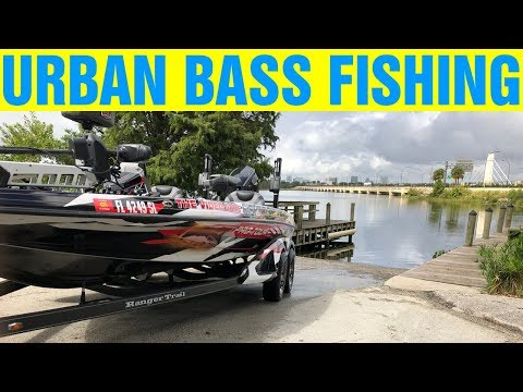 Bass Fishing An URBAN OASIS In Orlando, Florida