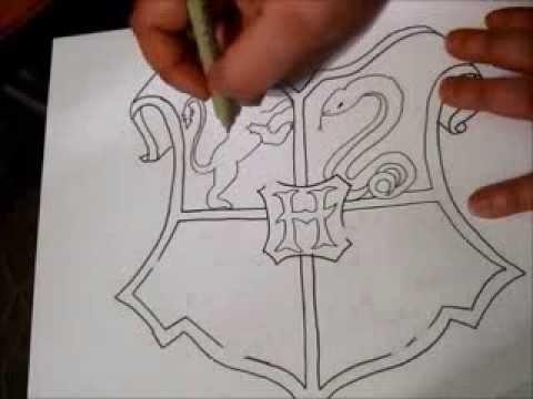 Hogwarts Crest Zentangle Part 1