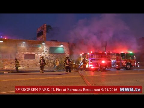 EVERGREEN PARK, IL - 2 Alarm Fire at Barraco's Restaurant (RAW Footage)