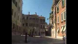 Venezia,in giro x i canali