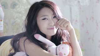 Watch Sistar Ma Boy video