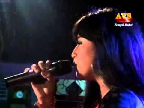 dangdut  koplo hot 2014 musik masa depan JAWA TIMUR ,OM ARDISTA - yuni ayunda - Tersisih