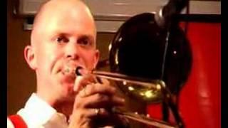 "Trad.Old Merry Tale Jazzband ""Hiawatha Rag"""