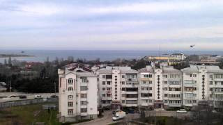 6 марта 2014 г.Севастополь Боевые вертолеты охраняют наше небо. видео -4