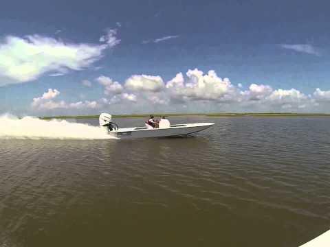 SCB Stingray Sport / Mercury Racing 400R - Walks Away.