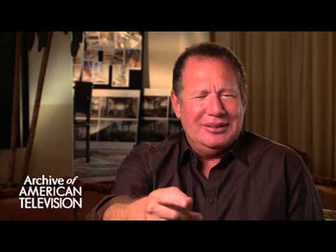 "Garry Shandling discusses the final episode of ""The Larry Sanders Show"" - EMMYTVLEGENDS.ORG"