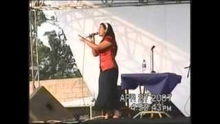 Marina Yesenia y Joel Ruano mix de alabanzas en Apastepeque.