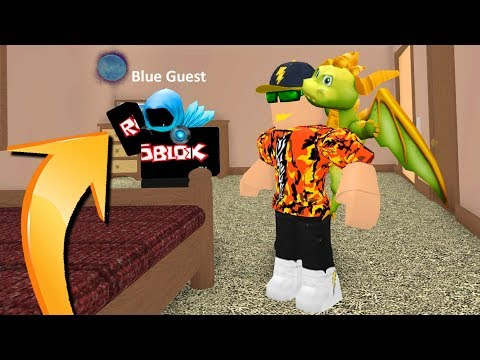 FINDING THE BLUE GUEST IN ROBLOX.. *SCARY*