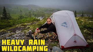 Wild camping in heąvy rain (remote location)