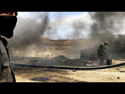 النظام السوري يشتري سكك الحديد وأنابيب النفط من التنظيمات الإرهابية  - نشر قبل 3 ساعة