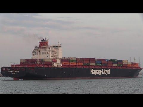 "Hapag-Lloyd Container Ship ""Toronto Express"" Southampton  27/08/19"