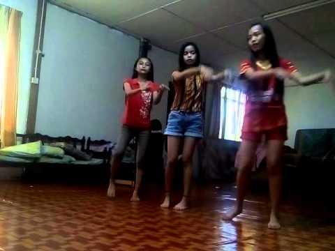 Lenggok Mia Iban Mocha Mocha by Julia , Massyella , Florelyne