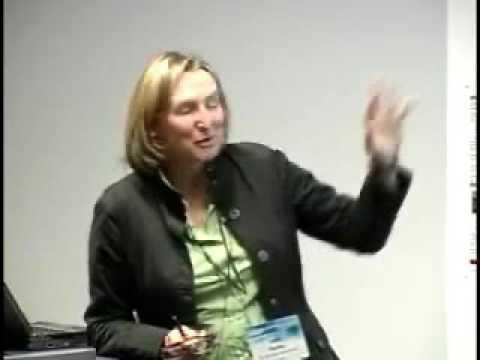 Generating Intelligent Multimedia Presentations from Semantic Mashups using OAI-ORE and SMIL