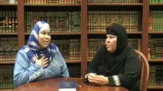 Mexican Latina Hispanic Woman Converted to Islam