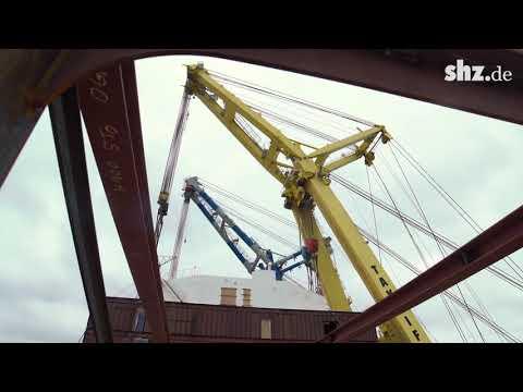 Millimeterarbeit: Tonnenschwerer Aufbau für FSG-Fähre