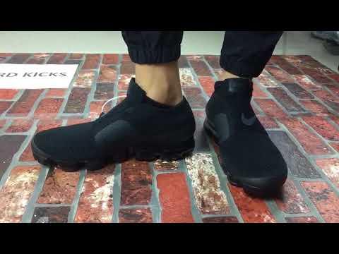 sneakers shoes for cheap a few days away Nike Air Vapormax SE Laceless Black Black Grey Triple Black New ...