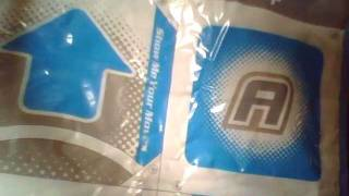 Unboxing of Dance Dance Revolution Hottest Party 3 for Nintendo Wii