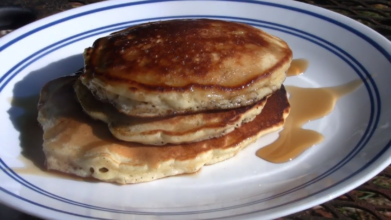 How to make pancakes with bisquick pancake mix youtube how to make pancakes with bisquick pancake mix ccuart Gallery
