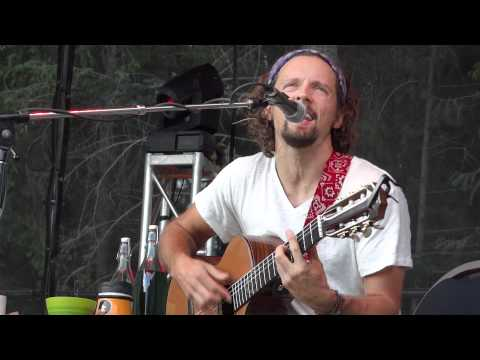 HD   Jason Mraz   Lucky   Acoustic in Whistler BC 08 05 11