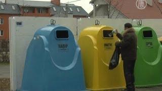 Количество городов, где сортируют мусор, растет(( http://ntdtv.ru ) В Украине всё больше городов сортируют мусор. Таким образом его будет легче утилизировать, а..., 2012-05-04T12:28:53.000Z)