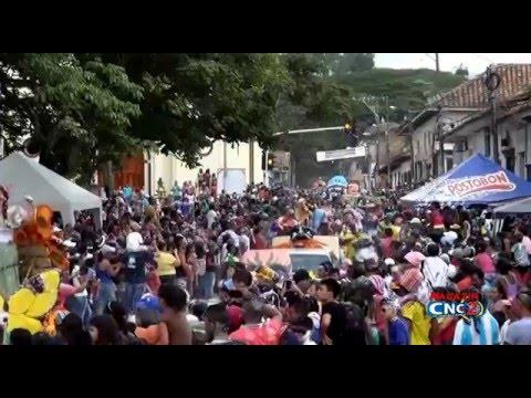 DESFILE DE CARROZAS CARNAVAL DE BLANCOS Y NEGROS SANTANDER DE QUILICHAO 2016
