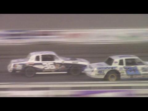 Nodak Speedway IMCA Stock Car A-Main (5/14/17)