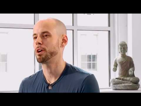 Yoga Style: Earth Rise Yoga - Let's GOA with Creator Derek Beres