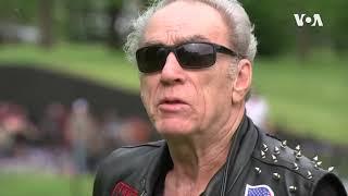 滚雷摩托车最后一次参加阵亡将士纪念日大游行