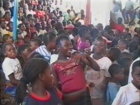 The Childrens Radio, Radio Infantil – Mozambique - 2004 (Eng)