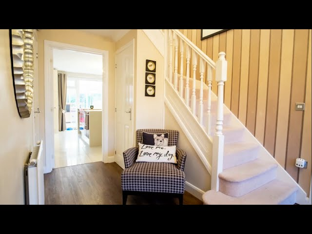 Stunning Detached House off the Rothersthorpe Road, Northampton